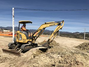 Excavator Service for Sale in Fontana, CA