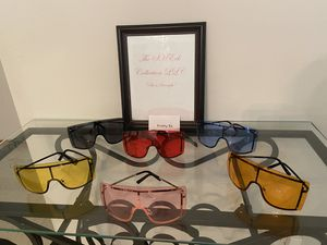 Women's sunglasses for Sale in St. Louis, MO