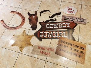 Western themed photo props for Sale in North Miami Beach, FL