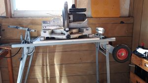 Black and Decker Mitre Saw and Table for Sale in Fort Lauderdale, FL