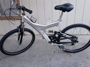 Schwinn bike for Sale in Fresno, CA
