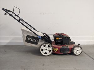 TORO Recycler Smart Stow 190cc. Lawn mower landscape for Sale in Phoenix, AZ