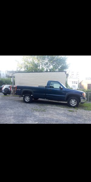 GMC 2002 for Sale in Stamford, CT