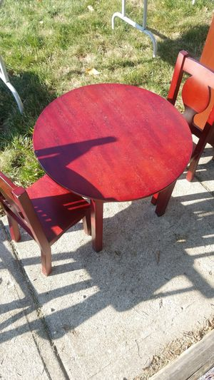 Kids table and chairs for Sale in Powell, OH