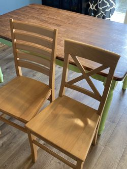 Table And 4 Chairs for Sale in Tacoma,  WA