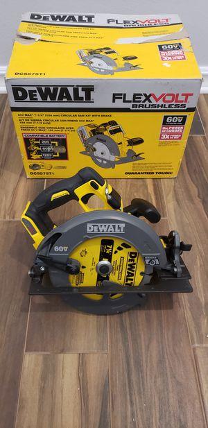 Dewalt 7-1/4 60v flexvolt circular saw for Sale in San Diego, CA