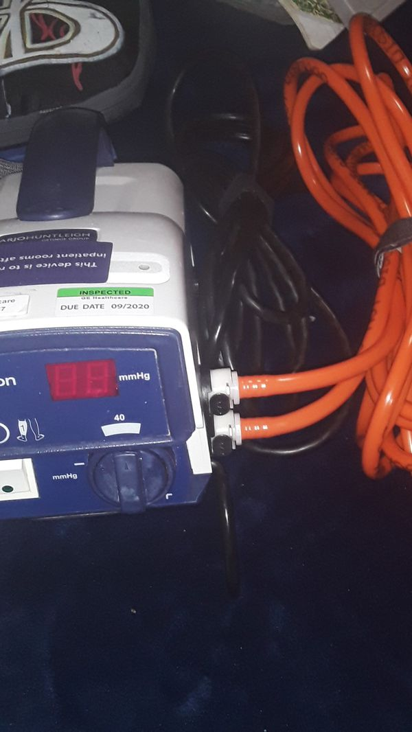 Used but like new. ArjoHuntleigh AB FLOWTRON EXCEL for BLOODCLOT PREVENTION IN EXTREMITIES (ARMS/LEGS)