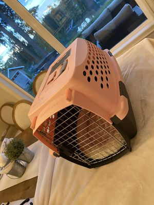 Kennel for dog or pet carrier for Sale in Aurora, OR