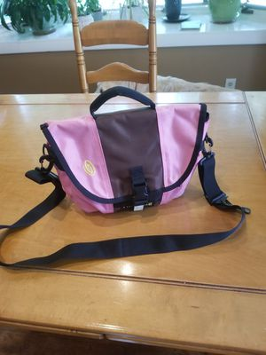 Timbuktu pink small messenger bag. for Sale in Vernon, CT