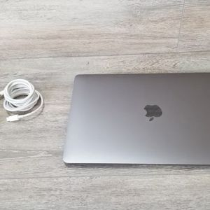 """2020 MacBook Air 13"""" 8GB/256GB MINT for Sale in Raleigh, NC"""