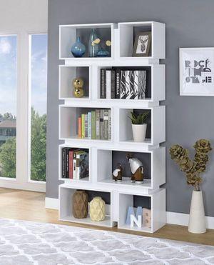 "Bookcase white 35.50""x70""h for Sale in Hialeah, FL"