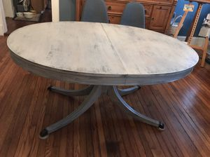 Vintage freshly painted table for Sale in Greensboro, NC