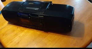 Digital 2-DAC/4TIMES OVERSAMPLING PORTABLR STEREO CD SYSTEM RX-DS30 for Sale in Braintree, MA