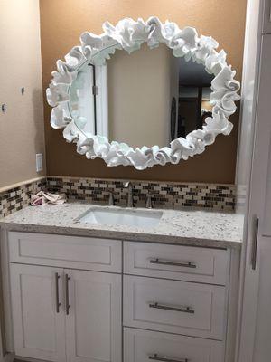 Beautiful elegant mirror for Sale in Industry, CA