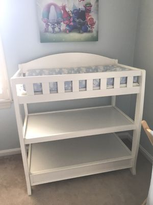 White Delta Changing Table for Sale in Annapolis, MD