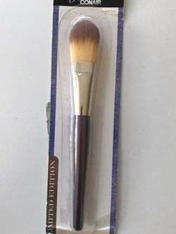 Foundation Brush for Sale in Sylmar,  CA