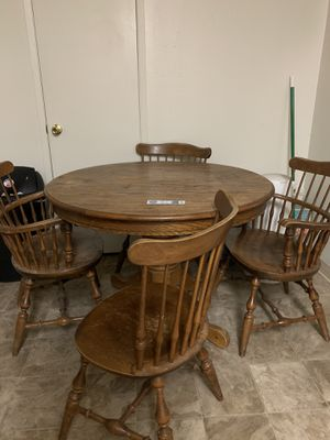 Kitchen table with 4 chairs for Sale in Modesto, CA