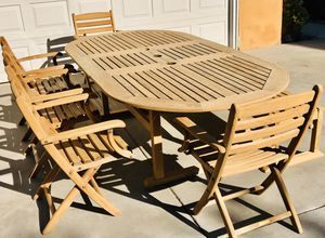Kingsley Bate Teak Table set w chairs & a bench / home & garden / furniture / patio / outdoor / dining / umbrella hole FREE cushions / superior quali for Sale in Chula Vista, CA