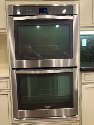 "Whirlpool double oven, 36"" stovetop (hood included) and matching dishwasher. All stainless steel and in amazing condition. for Sale in Oak Glen, CA"
