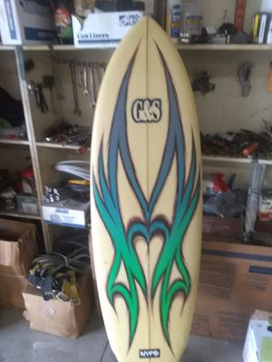 Surfboard g&s is 5foot 7 & half feet long for Sale in Roman Forest, TX