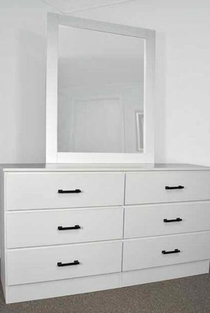 NEW SIX DRAWER DRESSER NO MIRROR AVAILABLE FOR DELIVERY for Sale in Miami, FL