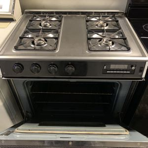 GE Stainless Steel Gas Stove for Sale in Stockton, CA