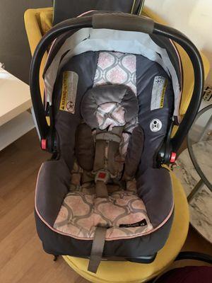 Snugride car seat for Sale in Phoenix, AZ
