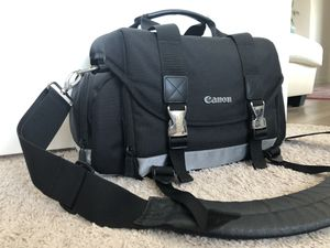 Canon DSLR camera Bag | Large for Sale in Rockville, MD
