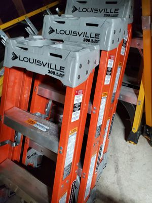 Louisville 3ft ladders for Sale in Rialto, CA