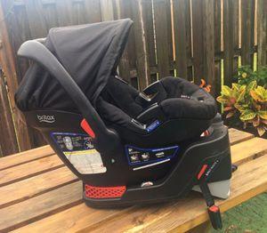 Car seat britax con base incluida for Sale in Miami, FL