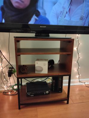 SIDE TABLE / TV STAND. MAKE AN OFFER for Sale in Palm Beach, FL