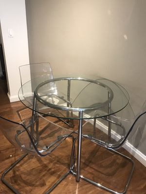 Dining table and 3 chairs for Sale in Boston, MA