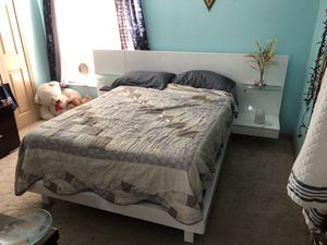 Bed frame for Sale in Port St. Lucie, FL
