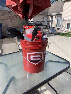 Weber charcoal bbq grill starter bucket! Great Father's Day gift for kettle grillers! for Sale in Chicago, IL