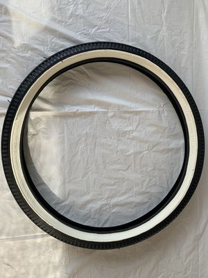 '70s Schwinn Stingray slik NOS S-7 tire for Sale in Anaheim, CA