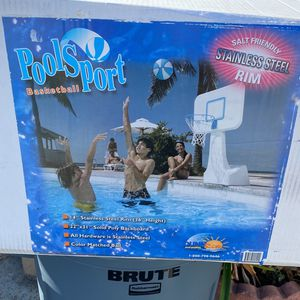 Dunn-Rite PoolSport Portable Pool Basketball Hoop (B950) for Sale in Bloomington, CA