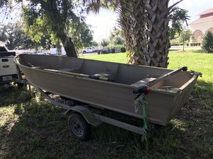 16 foot Aluminum johnboat for Sale in Sanford, FL