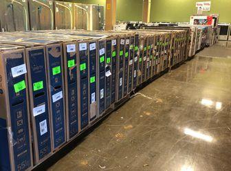 "Brand New TCL ROKU 32"" Smart Tv! Open box w/ warranty 6H FB for Sale in Long Beach,  CA"