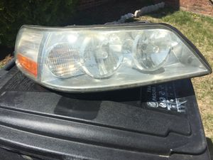 **03-04 Lincoln Towncar RH Passenger Headlight for Sale in Washington, DC