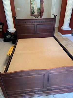 FULL Bed frame with TWIN trundle for Sale in Bakersfield, CA