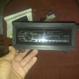 Pioneer Car Cd Player With Remote for Sale in Inkster, MI