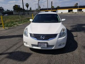 4CLY GAS SAVER 2009 NISSAN ALTIMA 2.5S 140,MI CLEAN TITLE NO CHECK ENGINE LIGHTS WITH SMOG AND CURRENT REGISTRATION for Sale in Moreno Valley, CA