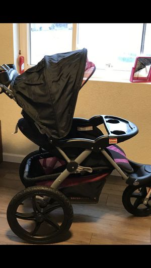 Stroller and car seat for Sale in Toledo, OH