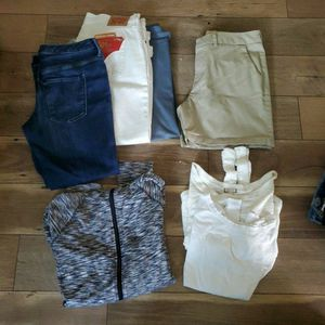FREE FREE womens Clothes Large for Sale in Irwindale, CA