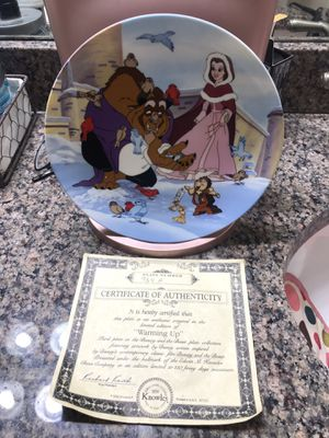 """Disney Beauty And The Beast Knowles Collectible Plate """"Warming Up"""" for Sale in Buda, TX"""