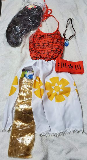 Moana Costume, Size girlsMedium/8, Complete with wig with flower, dress, grass skirt to go under the dress, necklace and tie belt. NEW! for Sale in Fort Worth, TX