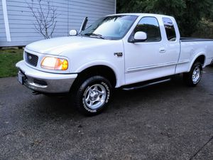 1998 Ford F-150 XLT 4 x 4 (30k original miles) for Sale in Vancouver, WA