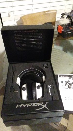 Gaming headphones for Sale in San Juan Capistrano, CA