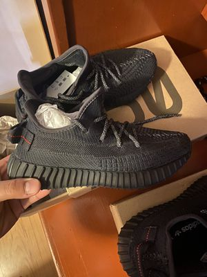 Adidas Yeezy size 5 for Sale in Fontana, CA