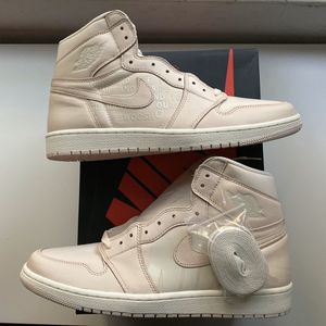 Air Jordan 1 Retro High OG GUAVA ICE sz 12.5 for Sale in Seattle, WA